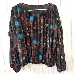 FREE PEOPLE Top Longsleeve Bubble Hem Floral